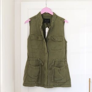 Sanctuary Army Green Canyon Vest